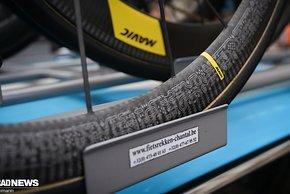 ...war es mit neuen Mavic-Laufrädern in der Tour-Sonderedition zu sehen