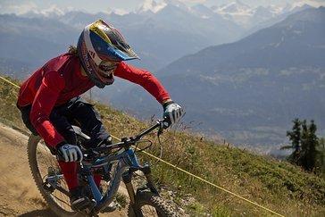 Der Start der Strecke liegt über der Baumgrenze auf einer Höhe von 2106 m.