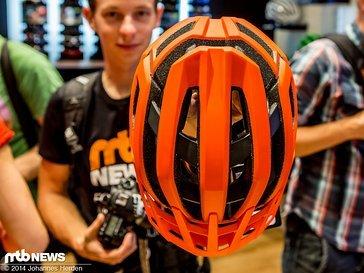 Der Endura Singletrack Helm für XC, Trail und All-Mountain
