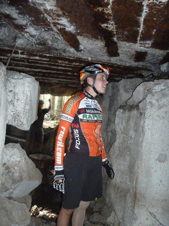 Rapirorennmaus im Bunker, Nahkampferfahrung