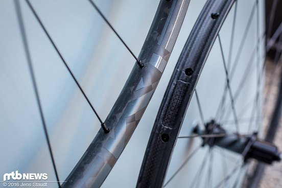 1195 g ist eine Hausnummer im Marathon-Bereich: die Advanced SL X.22 macht aber nicht nur das Bike leichter
