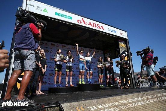 (Von Links nach Rechts) 2. Platz Jennie Stenerhag & Esther Süss , 1. Platz Sabine Spitz & Robyn de Groot und 3. Platz Mariske Strauss & Annie Last