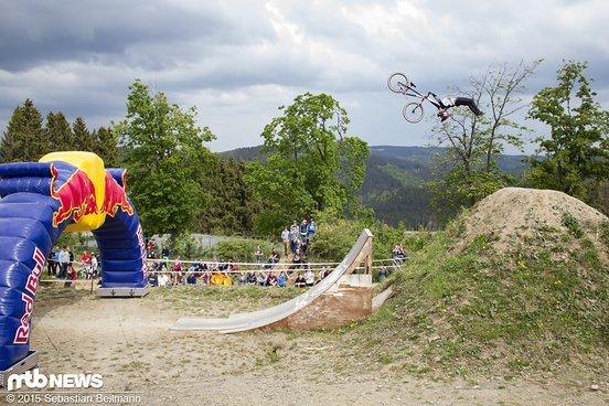 Unfassbarer Superman Backflip von Nico Scholze
