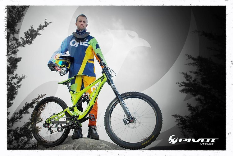 Aaron Chase wechselt zu Pivot Cycles