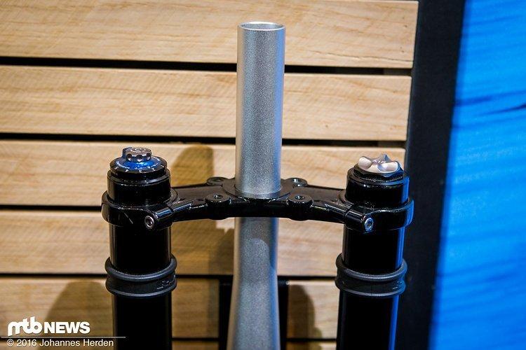 Verstellungen: 2 Druckstufen, 2 Zugstufen und die Progression via Volumenspacer