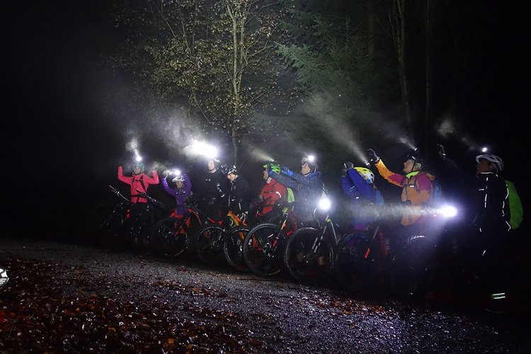Freeride Mountain Night Ride and Barbecue powerd by Lupine
