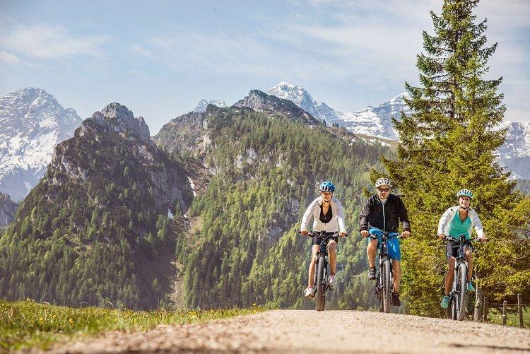 1. E-Bike-Camp im Salzburger Saalachtal