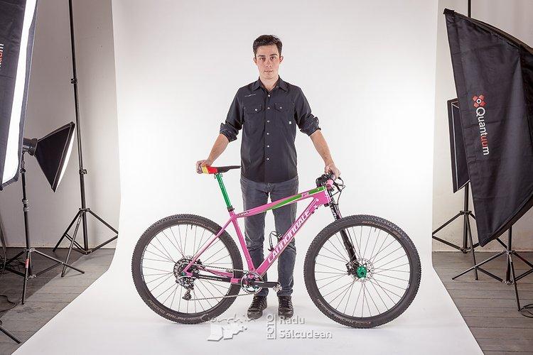 RS-pink-bike-8347
