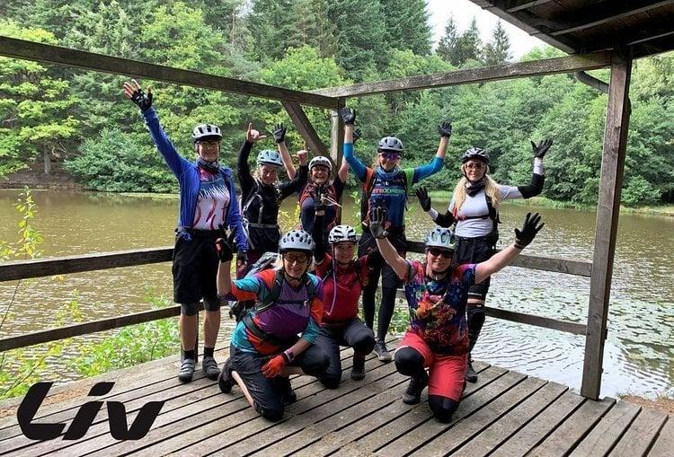 MTB-Mädelscamp Westerwald feat. Liv Cycling – Flowtrails surfen und Bikes testen